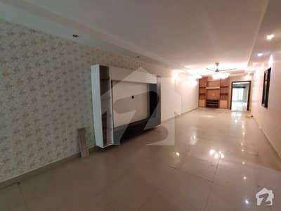 10 Marla Flat Ground Floor In Rehman Garden