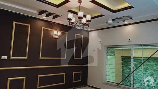حیات آباد فیز 2 - جے3 حیات آباد فیز 2 حیات آباد پشاور میں 10 کمروں کا 10 مرلہ مکان 1.2 لاکھ میں کرایہ پر دستیاب ہے۔