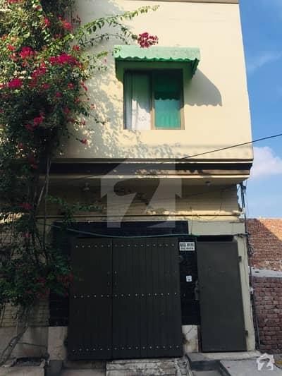 شہباز ٹاؤن فیصل آباد میں 5 کمروں کا 4 مرلہ مکان 60 لاکھ میں برائے فروخت۔