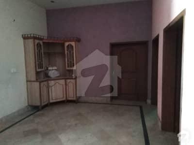 بیدیاں روڈ لاہور میں 4 کمروں کا 10 مرلہ زیریں پورشن 30 ہزار میں کرایہ پر دستیاب ہے۔