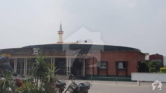 بحریہ ٹاؤن عمر بلاک بحریہ ٹاؤن سیکٹر B بحریہ ٹاؤن لاہور میں 8 مرلہ کمرشل پلاٹ 1.7 کروڑ میں برائے فروخت۔