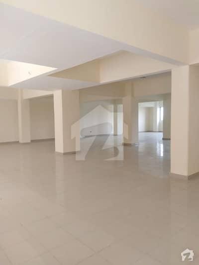 سکیم 33 کراچی میں 4 کمروں کا 10 مرلہ فلیٹ 55 ہزار میں کرایہ پر دستیاب ہے۔