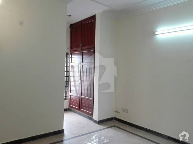 Perfect 4 Marla House In D-12 For Sale