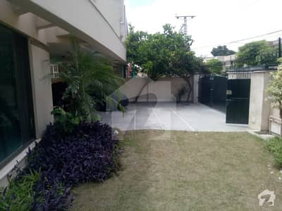 1 Kanal Full House For Rent In Dha Phase 4 Prime Location