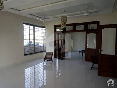 10 Marla Lavish Location Full House Are Available For Rent In Phase 2