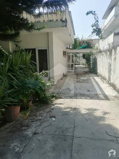 F-7 3996  Square Feet House Up For Sale