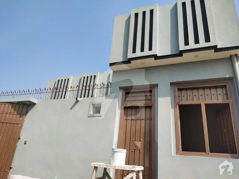ورسک روڈ پشاور میں 4 کمروں کا 5 مرلہ مکان 38 لاکھ میں برائے فروخت۔