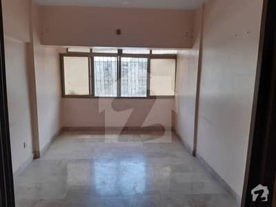 Federal B Area Flat Sized 800  Square Feet Is Available