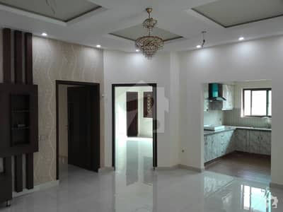 Bahria Town House For Rent Sized 10 Marla