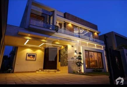 بحریہ ٹاؤن راولپنڈی راولپنڈی میں 6 کمروں کا 1.02 کنال مکان 1.05 لاکھ میں کرایہ پر دستیاب ہے۔