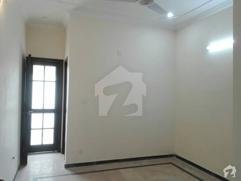 In D-12 4 Marla House For Sale