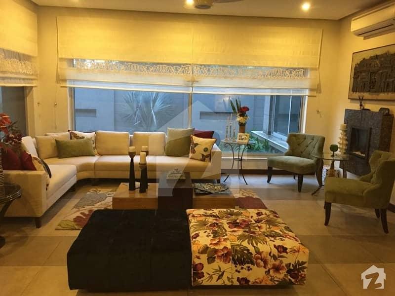 سرور روڈ کینٹ لاہور میں 7 کمروں کا 2 کنال مکان 5 لاکھ میں کرایہ پر دستیاب ہے۔