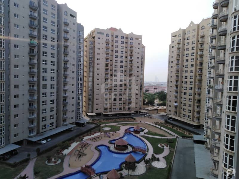 Stunning 3260 Square Feet Flat In DHA Defence Available