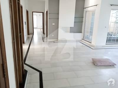 Semi Furnished Kanal Lower Portion In Phase 4 Dha  Prime Location. .