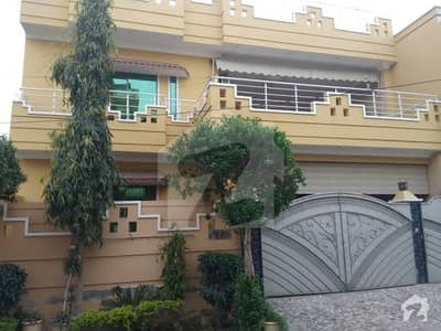 Allama Iqbal Town Upper Portion Sized 2700  Square Feet For Rent