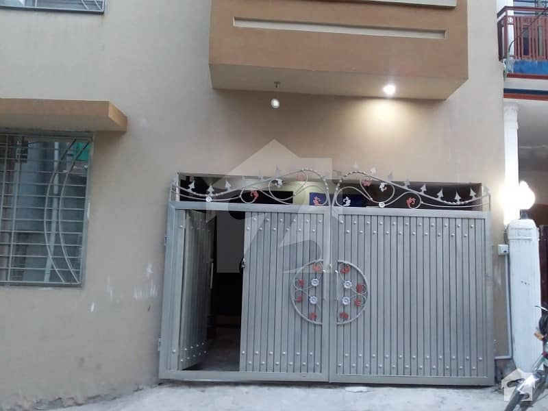 4.5 Marla Double Storey House For Sale In New Lalazar Rwp