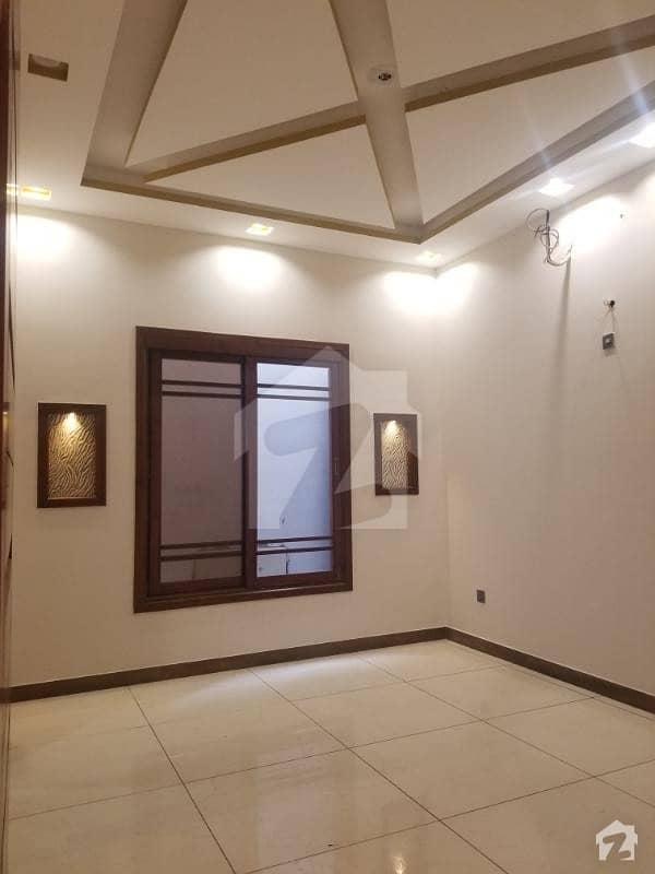 گلشنِ اقبال - بلاک 3 گلشنِ اقبال گلشنِ اقبال ٹاؤن کراچی میں 6 کمروں کا 10 مرلہ مکان 6 کروڑ میں برائے فروخت۔