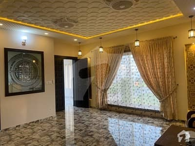 10 Marla Brand New Fully Furnished House For Sale