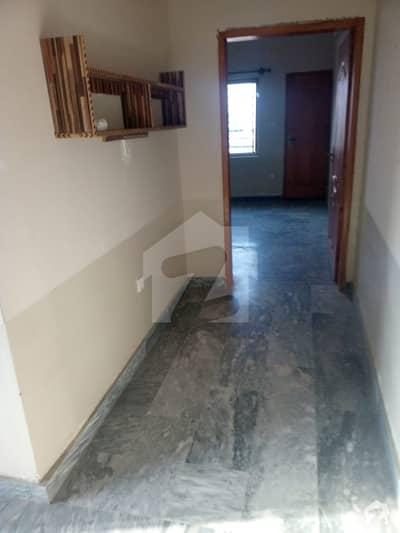 ایف ۔ 17 اسلام آباد میں 2 کمروں کا 3 مرلہ فلیٹ 16 ہزار میں کرایہ پر دستیاب ہے۔