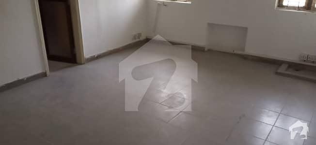 فیصل ٹاؤن ۔ بلاک اے فیصل ٹاؤن لاہور میں 7 کمروں کا 1 کنال مکان 2.2 لاکھ میں کرایہ پر دستیاب ہے۔