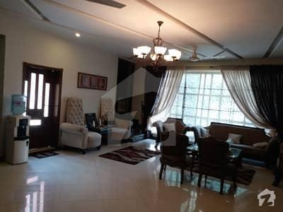 ڈیفینس آفیسر کالونی پشاور میں 12 کمروں کا 1.05 کنال مکان 8.9 کروڑ میں برائے فروخت۔