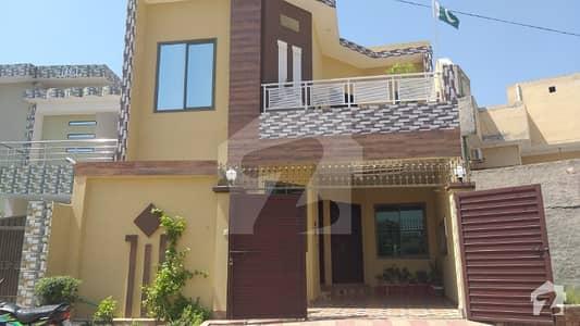 نیو شالیمار کالونی ملتان میں 3 کمروں کا 5 مرلہ مکان 75 لاکھ میں برائے فروخت۔