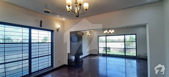 1 Kanal House Available For Rent Beautiful Interior