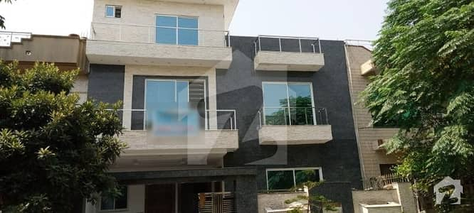 I 8 2 35x80 Double Storey House For Sale
