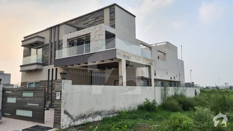 8 Bed With Basement Kanal House Only One Year Old In U Block Phase 7 Dha Lahore Is Available For Sale