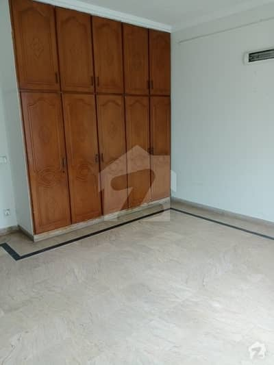 Nice Location Portion For Rent