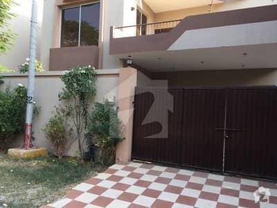 نیول ہاؤسنگ سکیم کراچی میں 5 کمروں کا 14 مرلہ مکان 10.25 کروڑ میں برائے فروخت۔