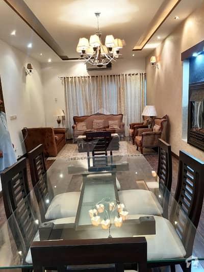 ڈی ایچ اے فیز 5 - بلاک ایل فیز 5 ڈیفنس (ڈی ایچ اے) لاہور میں 4 کمروں کا 10 مرلہ مکان 1.9 لاکھ میں کرایہ پر دستیاب ہے۔