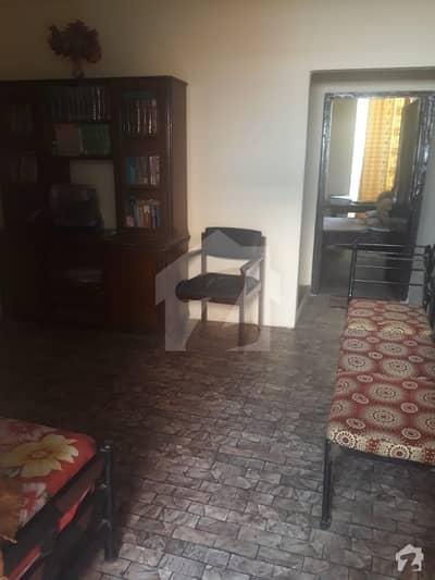 کشمیر کالونی کراچی میں 6 کمروں کا 2 مرلہ مکان 80 لاکھ میں برائے فروخت۔