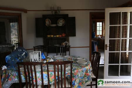 Pine Crest Villa For Rent