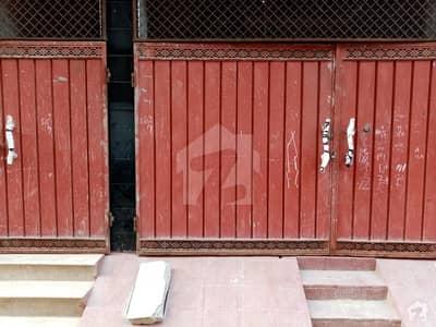 بینظیر روڈ اوکاڑہ میں 3 کمروں کا 4 مرلہ مکان 55 لاکھ میں برائے فروخت۔