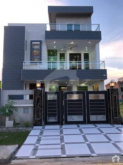 Distress Deal 7 Marla Beautiful House For Sale In M7 A