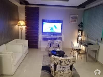 بحریہ ٹاؤن سیکٹر B بحریہ ٹاؤن لاہور میں 1 کمرے کا 2 مرلہ فلیٹ 48 لاکھ میں برائے فروخت۔