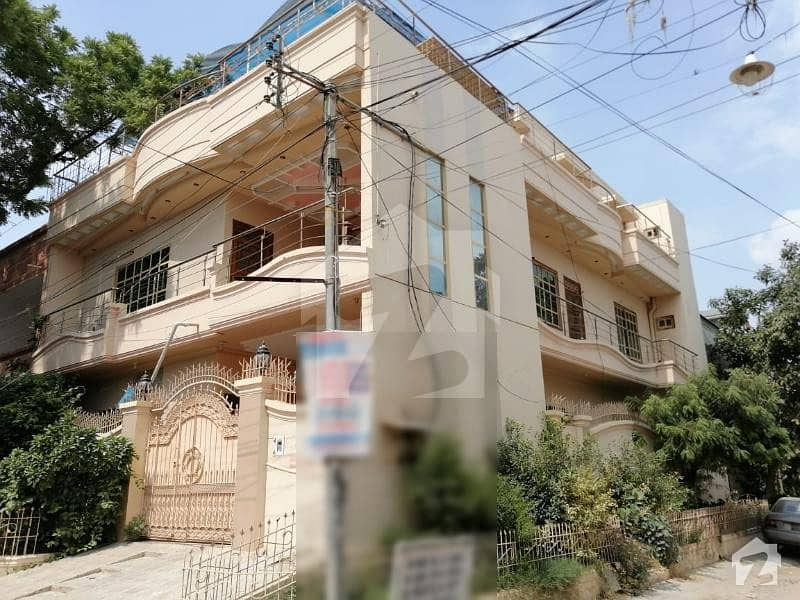 House For Sale 270 Sqyd Block 15