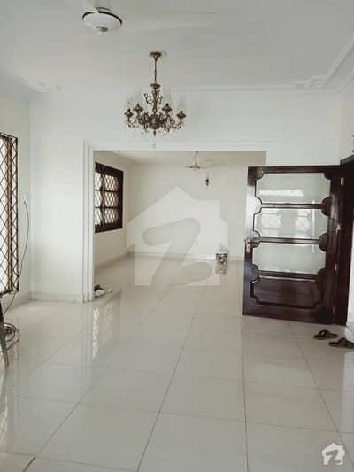 ڈی ایچ اے فیز 5 ڈی ایچ اے کراچی میں 5 کمروں کا 1 کنال مکان 9.85 کروڑ میں برائے فروخت۔