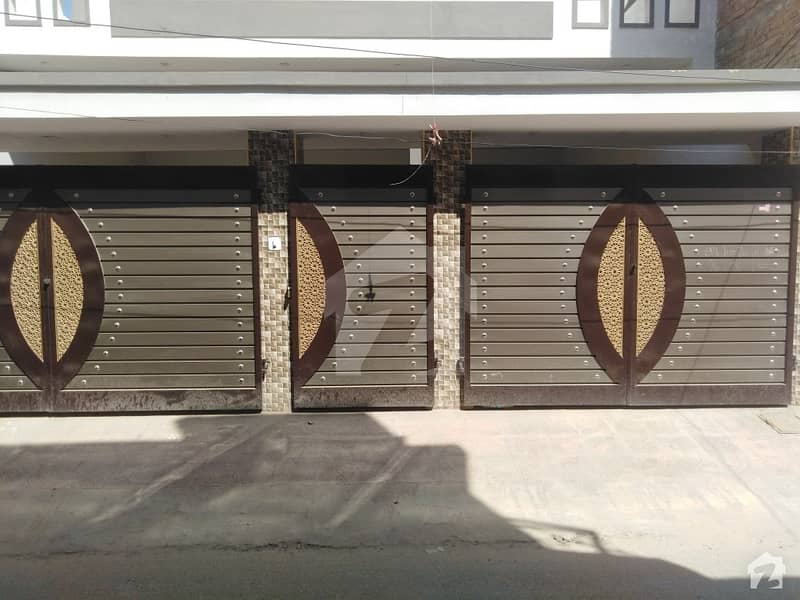 House In Rafi Qamar Road Sized 8.5 Marla Is Available