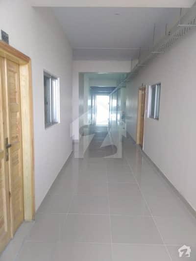 یونیورسٹی روڈ پشاور میں 2 کمروں کا 5 مرلہ فلیٹ 65 لاکھ میں برائے فروخت۔
