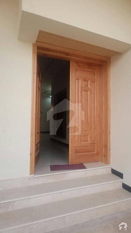 ڈی ۔ 12 اسلام آباد میں 3 کمروں کا 10 مرلہ زیریں پورشن 60 ہزار میں کرایہ پر دستیاب ہے۔