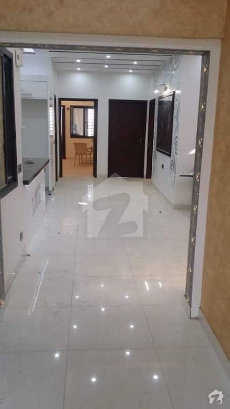 جناح ایونیو کراچی میں 3 کمروں کا 1.02 کنال پینٹ ہاؤس 2.55 کروڑ میں برائے فروخت۔