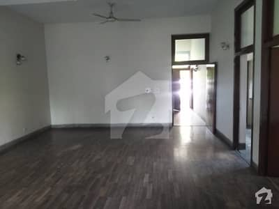 1 Kanal House For Sale At Link Sarwar Road