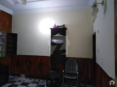 Hayatabad House Sized 5 Marla