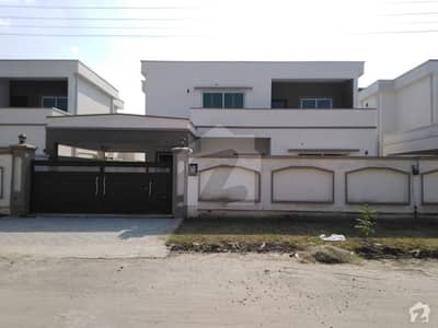 1 Kanal House In Gulberg Is Best Option