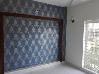 In Bahria Town House Sized 10 Marla For Rent