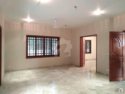 ڈی ایچ اے فیز 7 ڈی ایچ اے کراچی میں 5 کمروں کا 1 کنال مکان 8 کروڑ میں برائے فروخت۔