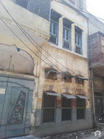 House Of 450  Square Feet For Sale In Guru Nanak Pura