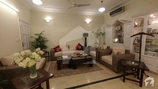 Imagine Come Home To This Gorgeous Constructed 11 Bedrooms House Located In E112 Islamabad